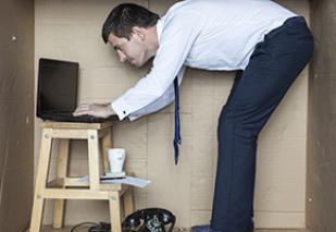 Noch nicht den passenden Schreibtisch gefunden?